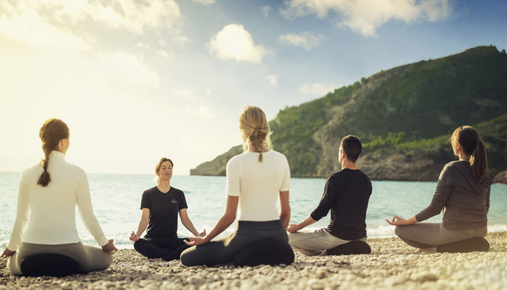 spots healthy, meditation, wellness, beach, séjours healthy, séjours de rêve, europe, bien être, zen, holissence