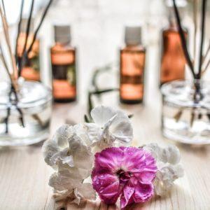stress, huiles essentielles, méditation, pleine conscience