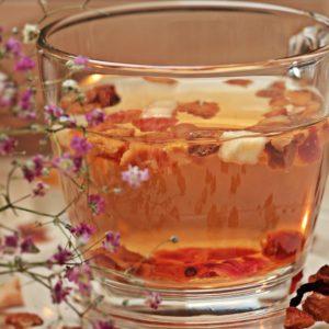 infusion florale, tisane, remède de grand mère