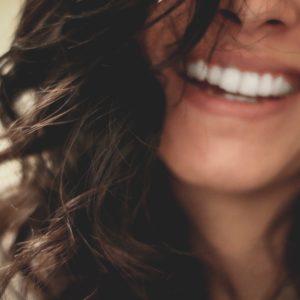 optimisme, être optimisme, mental, santé, moral, bien être, holissence