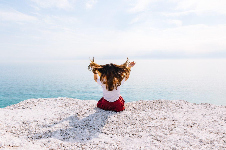 yoga enfant, santé, bien-être, yoga, détente, respiration, anti stress, holissence