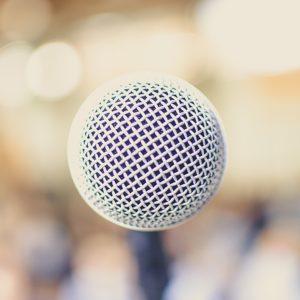 parler en public, astuces, vaincre son stress, discours, speech, confiance en soi, wellness, holissence